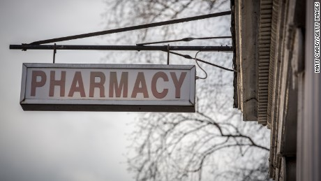 Meningitis outbreak: What is a compounding pharmacy?