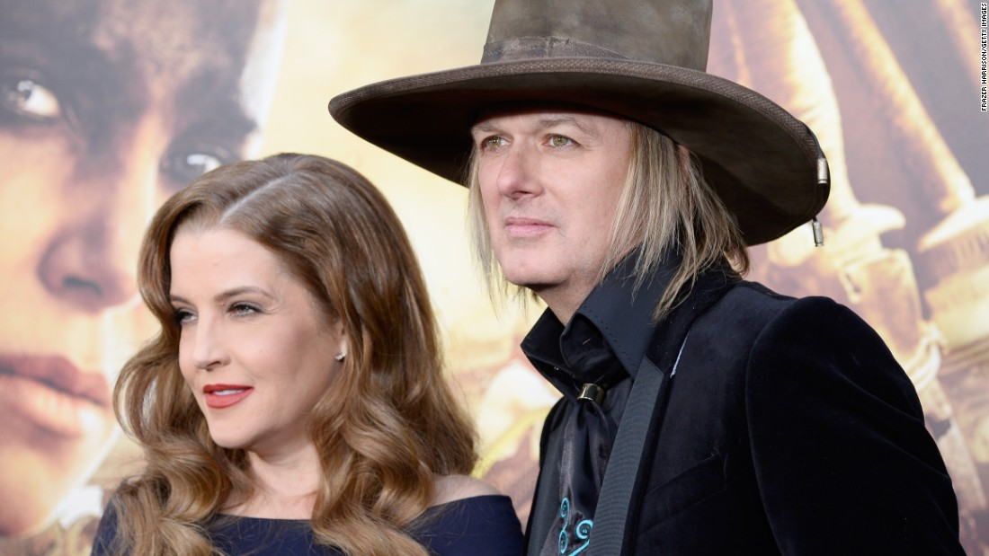 "Lisa Marie Presley <a href=""http://www.people.com/article/lisa-marie-presley-divorce-michael-lockwood"" target=""_blank"">reportedly filed for divorce in June </a>from her husband of 10 years, musician Michael Lockwood. He was Presley's fourth husband after Danny Keough, Michael Jackson and Nicolas Cage."