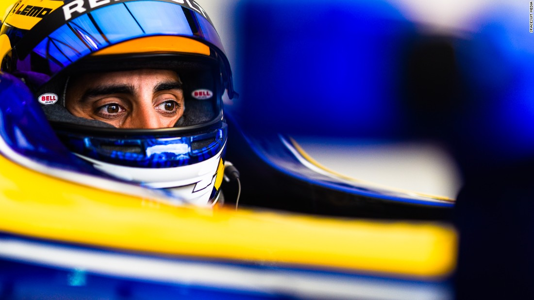 Sebastien Buemi won the drivers' championship beating Lucas di Grassi by two points secured by setting the fastest lap in the race.