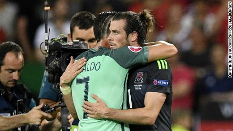 Bale and Ronaldo embraced at the end of the game.