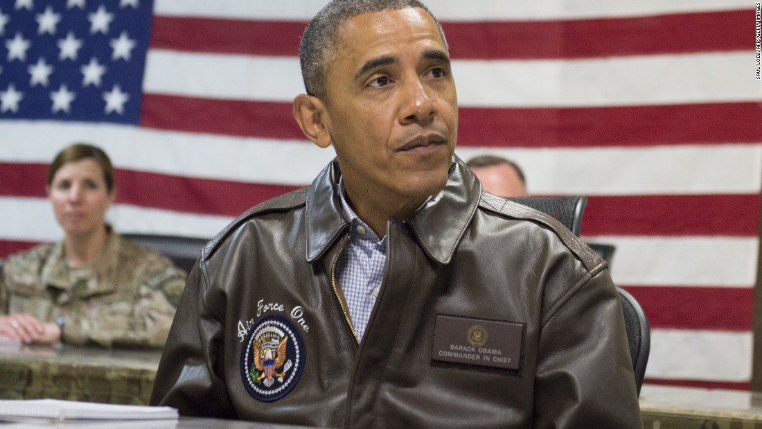 U.S. President Barack Obama attends a military briefing at Bagram Air Field, north of Kabul, in Afghanistan, May 25, 2014, during a surprise trip to visit U.S. troops prior to the Memorial Day holiday.