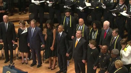 dallas police officers memorial obama malveaux dnt lead_00002619