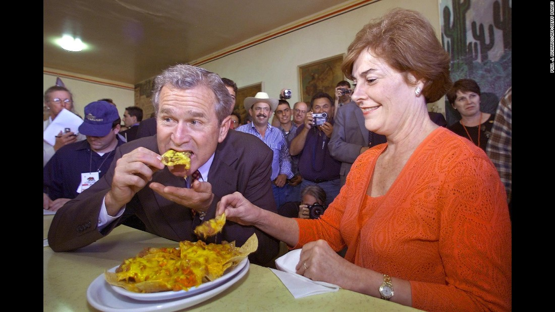 George W. Bush was the Republican presidential party nominee in 2000 when he and his wife Laura ate at La Simpatia Mexican restaurant in Guadalupe, California. His visit was part of a two-day campaign trip in California.
