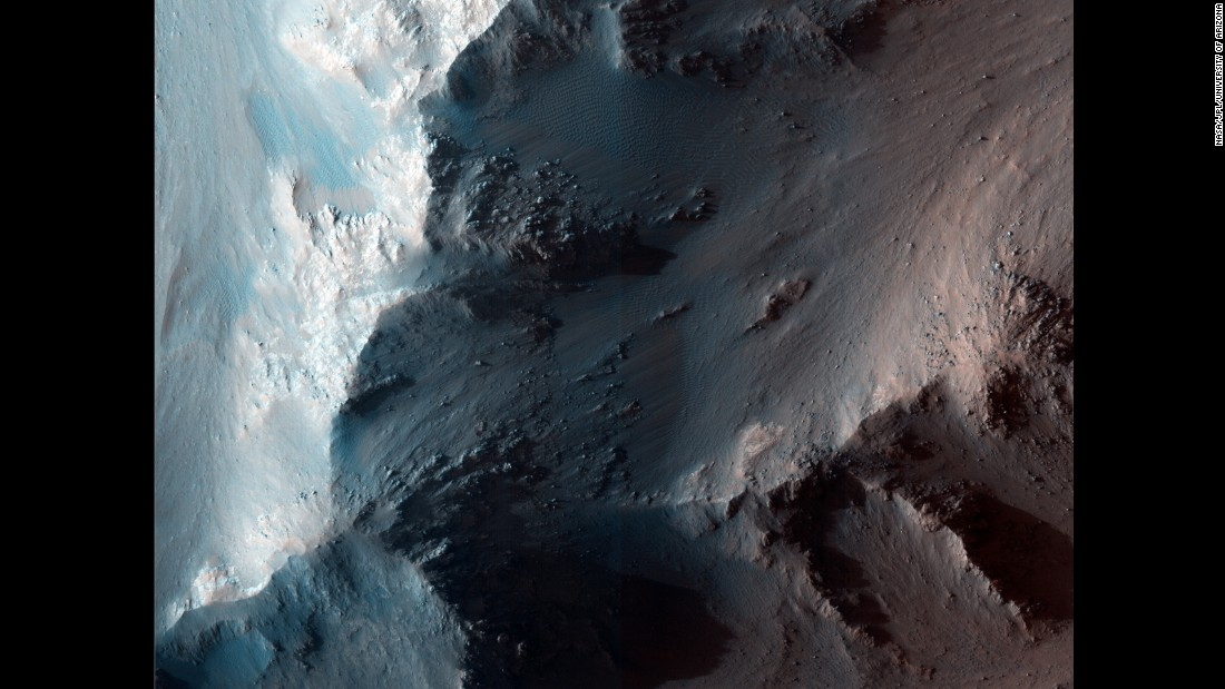 The RSL appear in places such as the Coprates Chasma ridge, within the Valles Marineris canyon, during the northern summer and southern winter (regarding Mars' poles). They begin as dark streaks and fade over time, sometimes leaving bright streaks that are thought to be salt after the moisture evaporates.