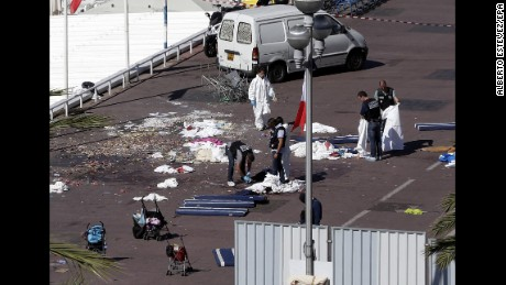 French citizens in mourning over Nice attack