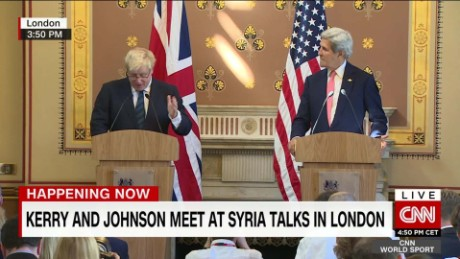 london kerry and johnson meet presser_00000119