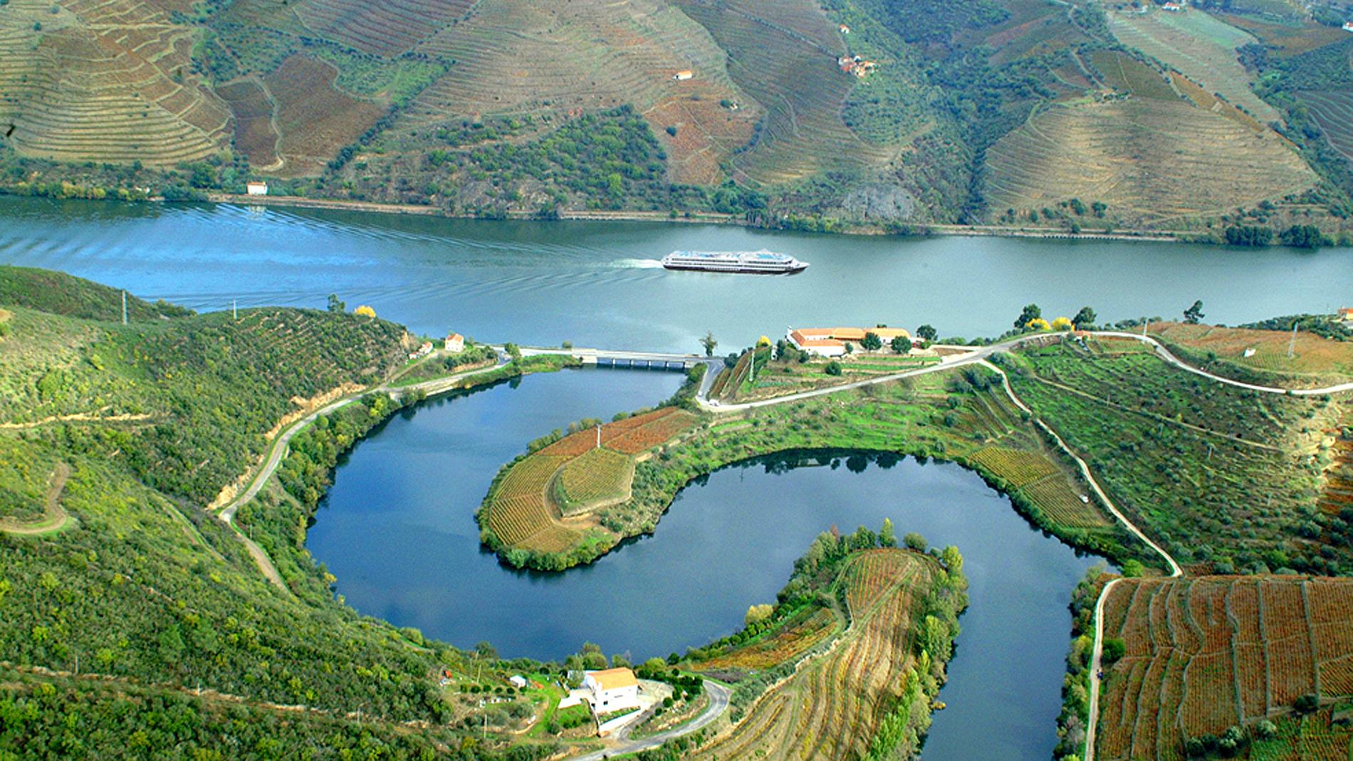 Portugal's Douro River flows like liquid gold | CNN Travel