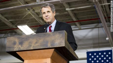 Sen. Sherrod Brown speaks at a campaign rally for Democratic presidential candidate Hillary Clinton on June 13, 2016 in Cleveland, Ohio.  (Photo by Angelo Merendino/Getty Images)