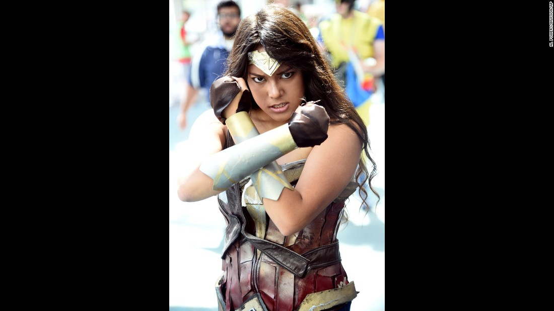 A fan portrays a fierce Wonder Woman.
