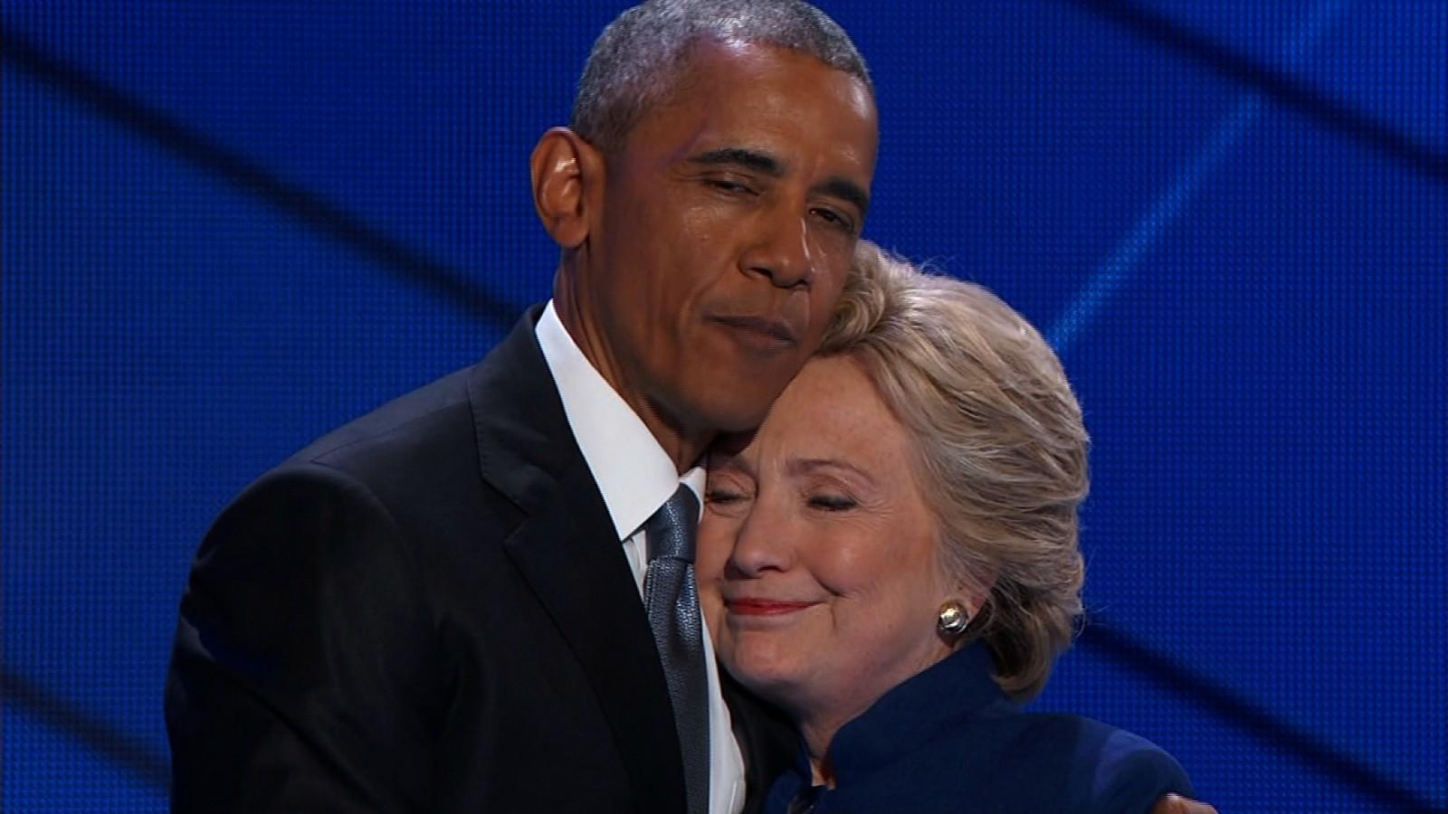Resultado de imagem para obama e hillary