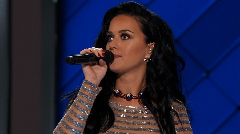 Katy Perry: I love Hillary Clinton