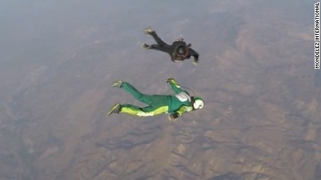 Skydiver lands 25,000 foot jump with no parachute