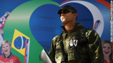 A Brazilian soldier stands guard outside the Olympic Russian house in Copacabana beach, in Rio de Janeiro, on August 1, 2016. / AFP / KIRILL KUDRYAVTSEV        (Photo credit should read KIRILL KUDRYAVTSEV/AFP/Getty Images)