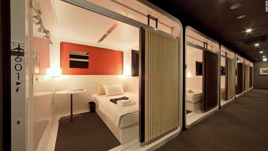 posh pods inside tokyo 39 s most interesting capsule hotels cnn travel. Black Bedroom Furniture Sets. Home Design Ideas