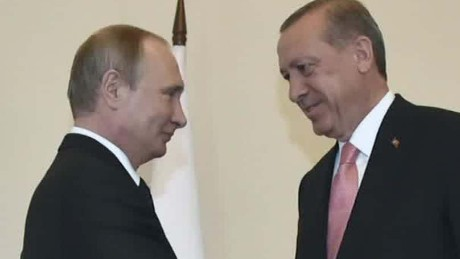 Erdogan meets with Putin after weeks of tension