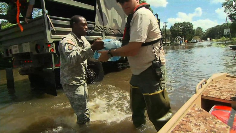 Louisiana flooding rescue teams flores lv_00000000