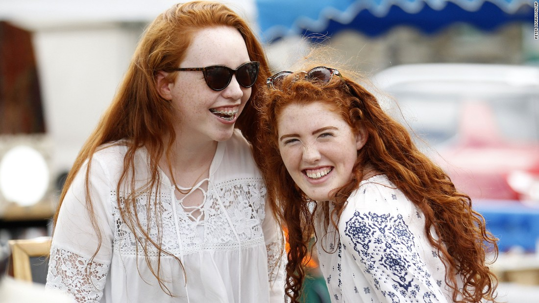 Laoise Donavon (left) and Ruby Parker (right) giggling at the festival.
