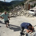 32 italy quake 0824 RESTRICTED