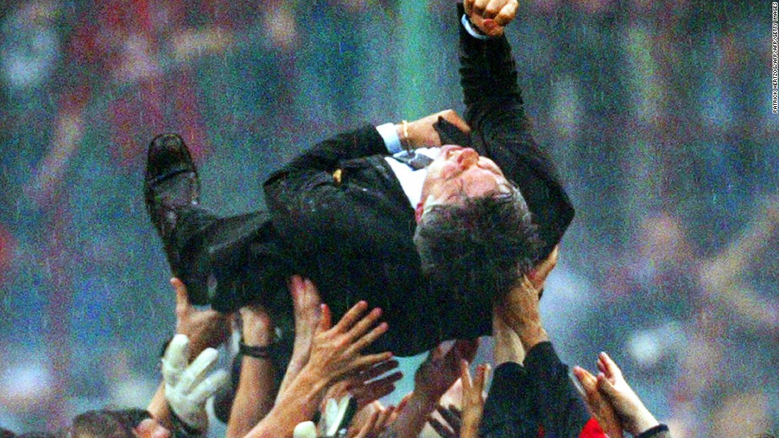 Ancelotti won a host of trophies with Milan during his eight-year spell but only one domestic championship. Players celebrated the 2004 Serie A title by lifting up the coach following a narrow win over Roma, the club Ancelotti had played for with such distinction for many years.