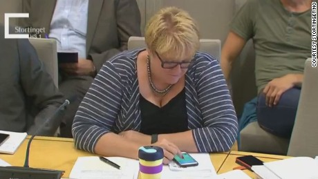 The leader of Norway's Liberal Party was caught playing Pokemon Go during a parliamentary hearing.