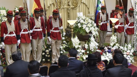 "Bolivian soldiers stand on honor guard during the wake of deputy interior minister Rodolfo Illanes at the presidential Quemado Palace in La Paz, on August 26, 2016.  Bolivian President Evo Morales said Friday there was a ""political conspiracy"" against his government after protesting miners allegedly kidnapped, tortured and beat to death deputy minister Illanes who tried to negotiate with them. / AFP / AIZAR RALDES NUNEZ        (Photo credit should read AIZAR RALDES NUNEZ/AFP/Getty Images)"