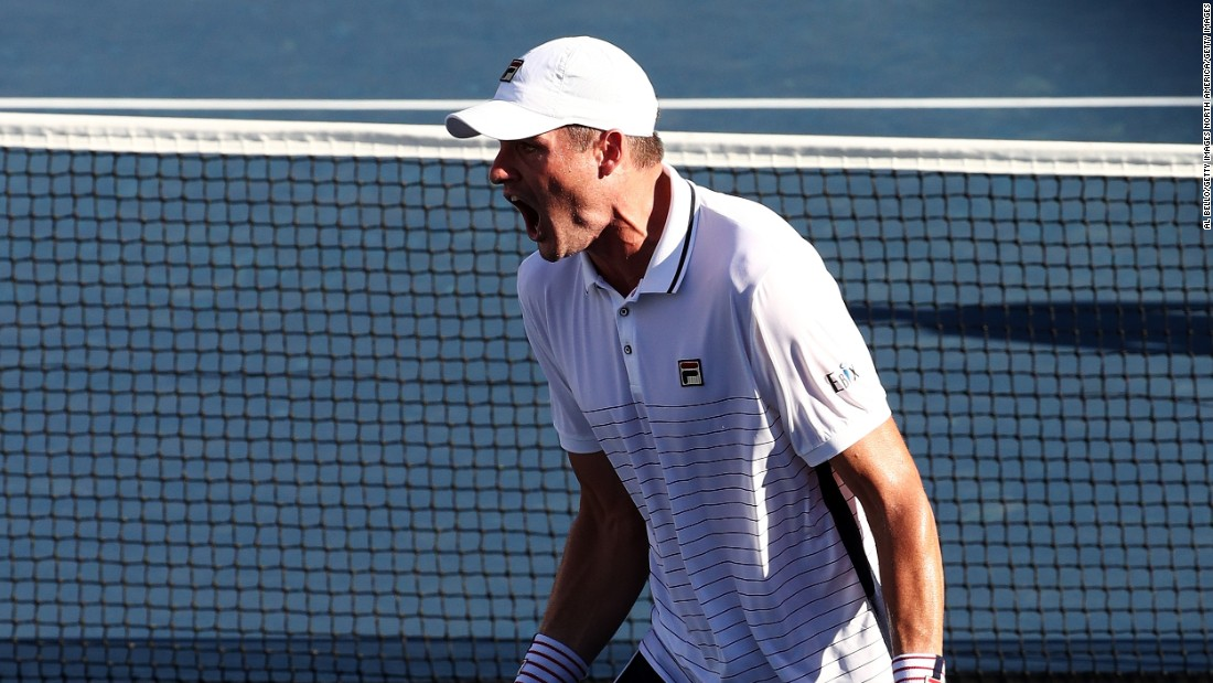 Instead, Isner advanced to a round two clash with Belgium's Steve Darcis, eventually coming back from two sets down to win the match 3-6 4-6 7-6 (7-5) 6-2 7-6 (7-3).