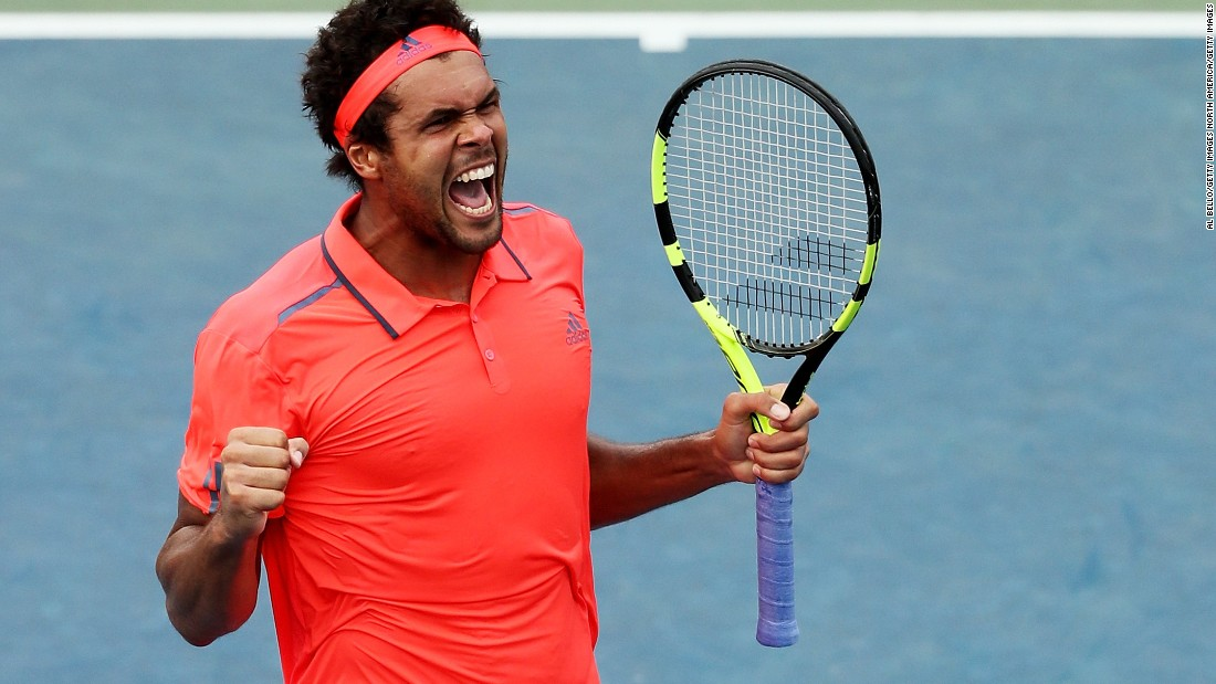 Jo-Wilfried Tsonga moved on by winning against an ailing Kevin Anderson 6-3 6-4 7-6 (7-4). Anderson upset Andy Murray last year in New York.