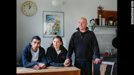 Newruz, a refugee from Homs in Syria, lives with Claudia and Tobias in Berlin, Germany.