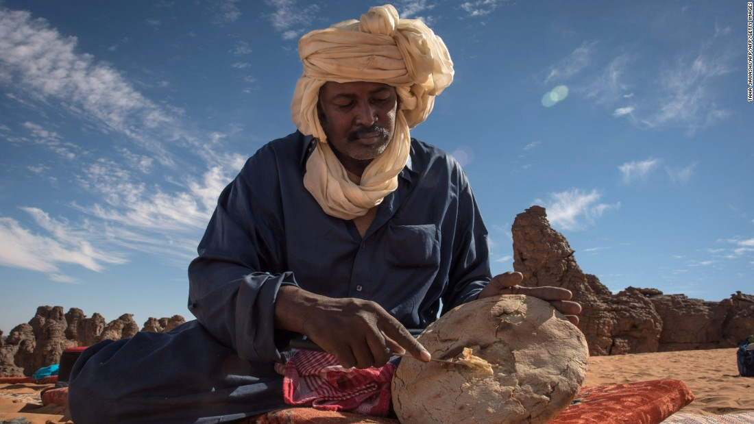 Traveling among tribes including Fulani herdsmen and Berabish nomads, Jubber made his way from Fez in Morocco to Timbuktu in Mali, a journey not without its perils.