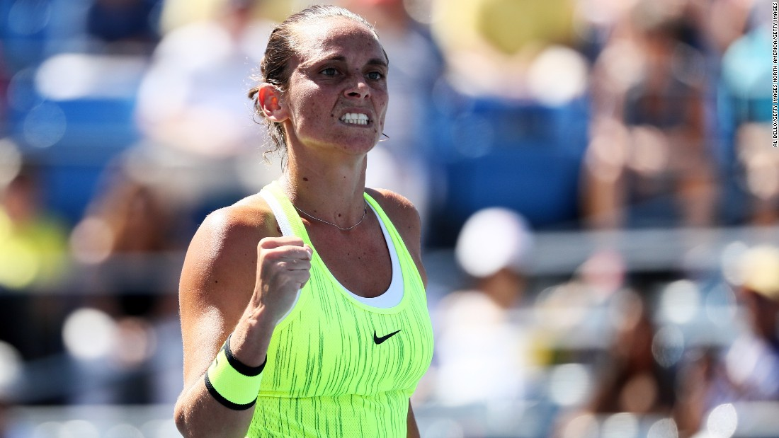Vinci, who stunned Serena Williams last year, won 6-0 5-7 6-3 to reach round four.