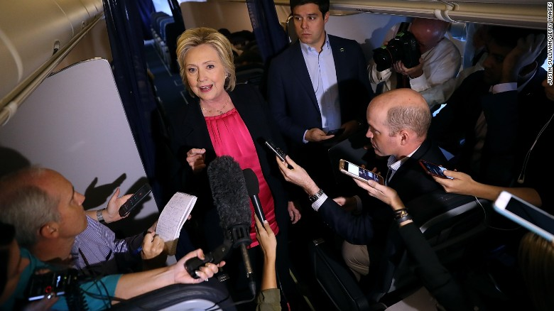 Clinton fundraises, bashes TV anchor