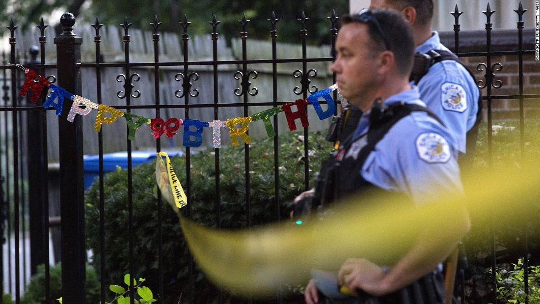"Police stand outside a residence near the scene of a shooting in Chicago on Sunday, September 4. <a href=""http://www.chicagotribune.com/news/local/breaking/ct-chicago-violence-labor-day-tuesday-20160906-story.html"" target=""_blank"">According to the Chicago Tribune</a>, the city's 500th homicide of the year took place over Labor Day weekend. <a href=""http://www.cnn.com/2016/09/06/us/chicago-homicides-visual-guide/"" target=""_blank"">500 homicides. 9 months. 1 American city.</a>"