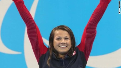 US Paralympic swimmer wins gold in record time