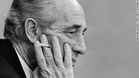 http://www.gettyimages.com/license/542268238An archive portrait taken on January 22, 1981 in Paris shows Israeli Labor Party leader Shimon Peres.  AFP PHOTO GEORGES GOBET / AFP / GEORGES GOBET        (Photo credit should read GEORGES GOBET/AFP/Getty Images)