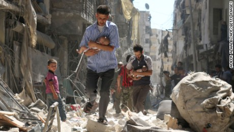 CNN live in Aleppo: Hundreds of thousands still awaiting aid