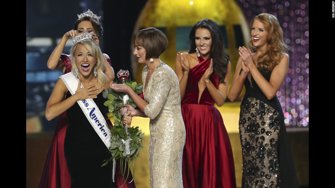 The outgoing Miss America, Betty Cantrell, crowns this year's winner Savvy Shields of Arkansas at the Miss America pageant in Atlantic City, New Jersey, on Sunday, September 11.
