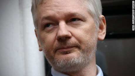 US finds growing evidence Russia feeding emails to WikiLeaks