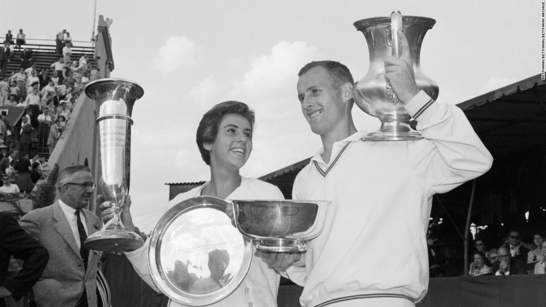 Brazil's Maria Bueno and Australia's Neal Fraser won the US Open singles titles in 1959.