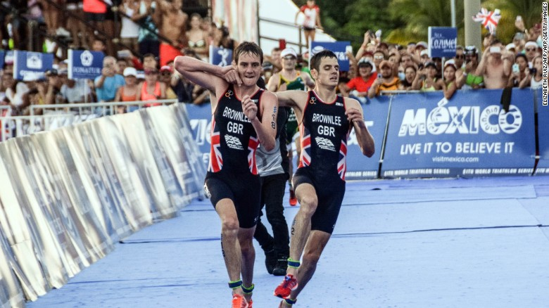 Brownlee brothers' incredible sportsmanship