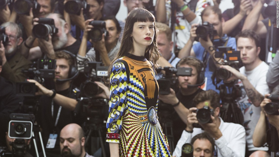 Volunteer Photographer For London Fashion Week
