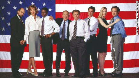 "Cast members of the NBC drama ""West Wing"" from (l-r) Richard Schiff as Communications Director Toby Ziegler; Allison Janney as Press Secretary CJ Gregg, Dule Hill as aide Charlie Young, John Spencer as Chief of Staff Leo McGarry, Martin Sheen as President Josiah Bartlet, Rob Lowe as Deputy Communications Director Sam Seaborn, Janel Moloney as Assistant Donna Moss, Bradley Whitford as Deputy Chief of Staff Josh Lyman."