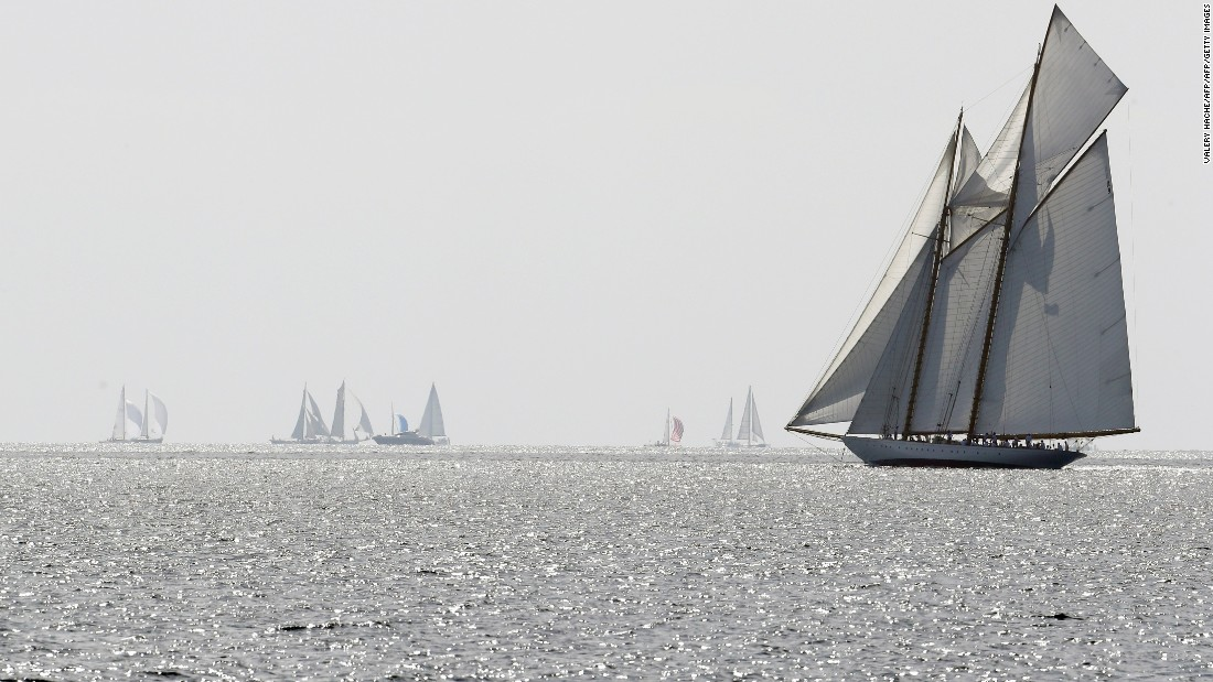 Every year, more than 40,000 people attend to revel in the sight of majestic yachts competing just as they would have done in the days of Christian X.<br />