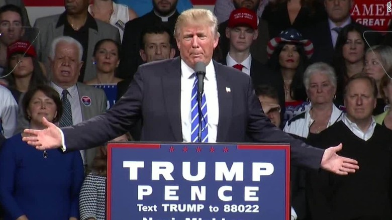 donald trump debate audio issues mi rally sot _00004224