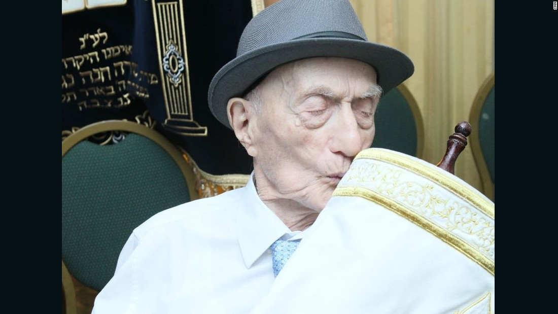 113 years and counting: World's oldest man celebrates bar mitzvah