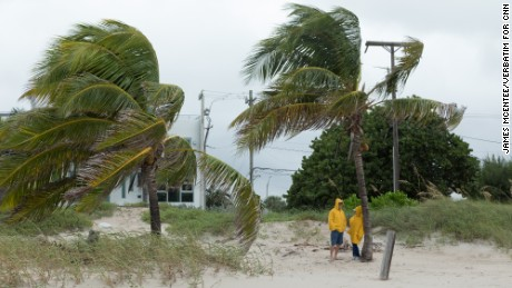 POMPANO BEACH, FLORIDA-OCTOBER 6: Hurricane Matthew reaches Broward County Florida.  Residents are advised to stay inside on October 6th, 2016 in Broward County Florida  (Photo by James McEntee/ Verbatim for CNN)