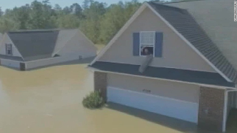 man sees brothers house on twitter flood pkg_00000000