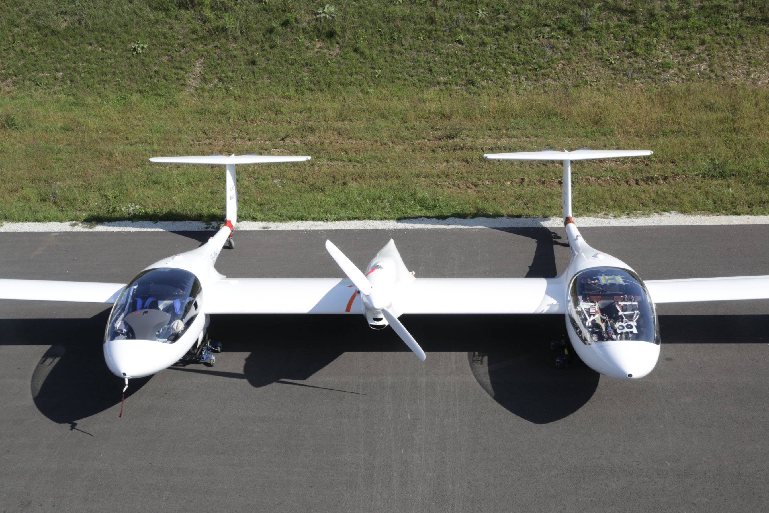The plane that runs on hydrogen and emits only water | CNN