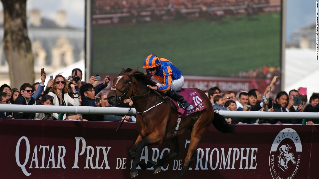 Moore is the younger sister of leading flat jockey Ryan Moore, a two-time winner of Europe's richest race, the Prix de l'Arc de Triomphe.