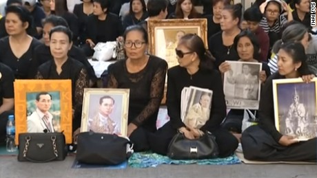Thailand begins year of mourning for late king