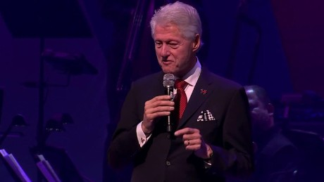 chelsea clinton billy crystal bill clinton broadway fundraiser bts_00025327.jpg